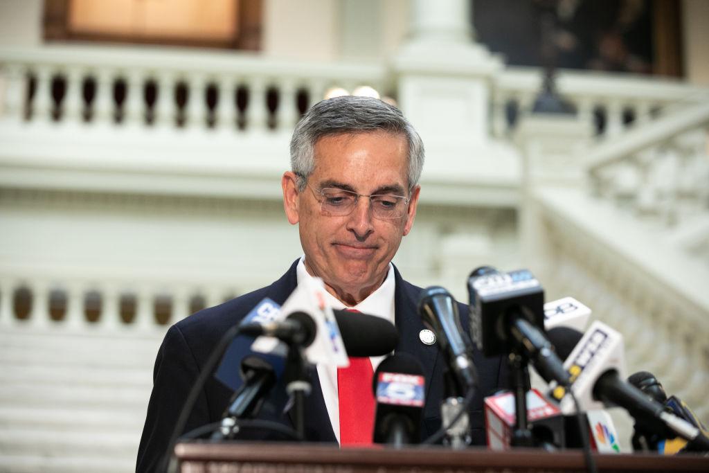 Grupo de abogados presenta demanda contra 200,000 votos en Georgia