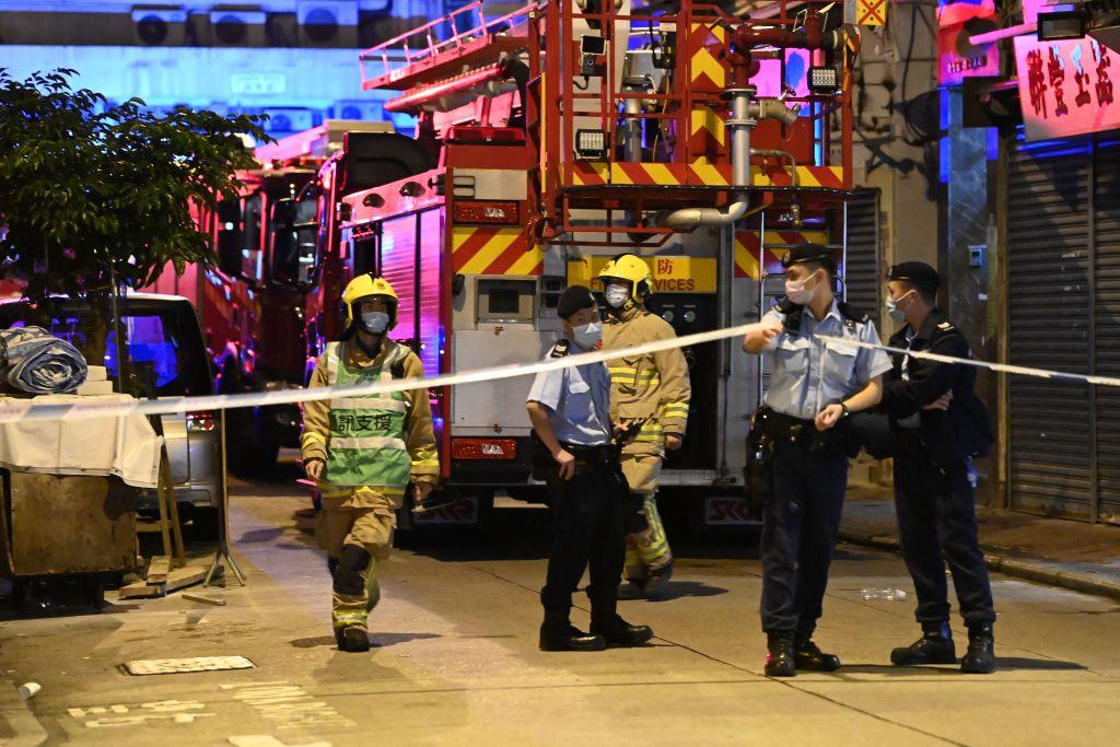 Al menos 7 muertos y 7 heridos en estado crítico por un incendio en Hong Kong