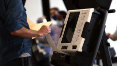 Legisladores y expertos advirtieron sobre la vulnerabilidad de las elecciones en los últimos años