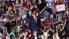 Trump responde a cánticos de despedir a Fauci instando a la paciencia