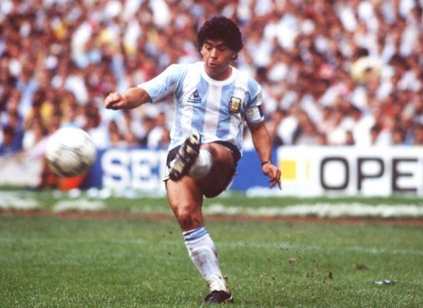 Mundial de 1986 en México, Ciudad de México; Argentina - Bélgica (ARG - BEL) 2-0; Diego Maradona / ARG (Foto de Bongarts / Getty Images)
