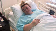 Mamá obesa que luchaba con la depresión postnatal pierde 145 lbs después de cirugía para perder peso