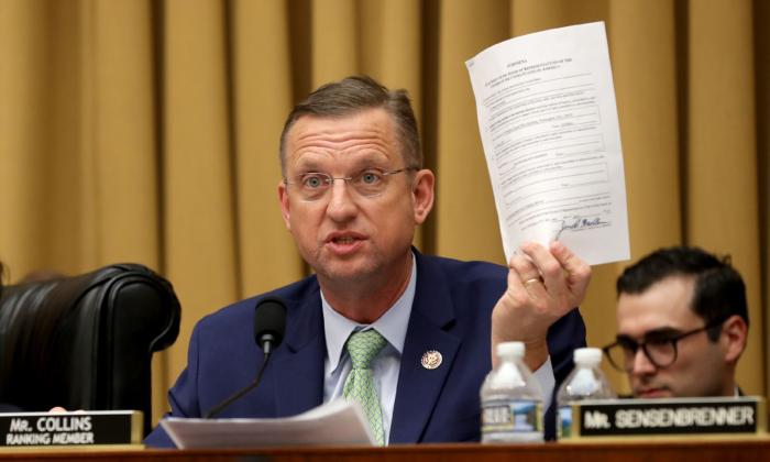 El  representante del estado de Georgia, EE.UU., Doug Collins (R-GA.) miembro del Comité Judicial, en el edificio de oficinas de Rayburn House en el Capitolio el 8 de mayo de 2019, en Washington. (Chip Somodevilla/Getty Images)