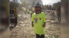 Hombre con enanismo utiliza su pequeña estatura para rescatar a víctimas del terremoto de Turquía