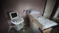Legisladores de Carolina del Sur aprueban ley 'latidos del feto', que veta la mayoría de los abortos