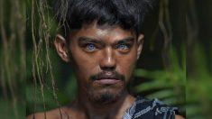 Tribu de Indonesia llena de gente con impresionantes ojos azules lo sorprenderá