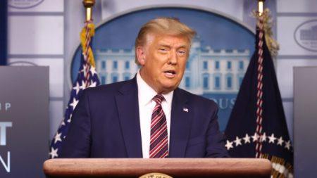 Trump anuncia nuevas medidas para reducir el precio de medicamentos recetados