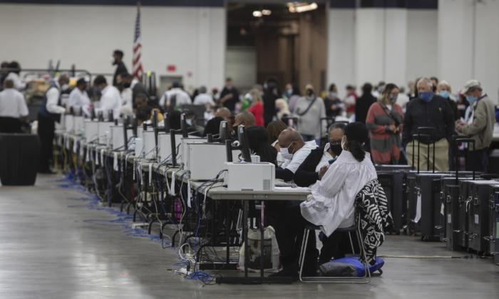Corte Suprema de Michigan insta a corte inferior a evaluar rápidamente demandas de fraude electoral