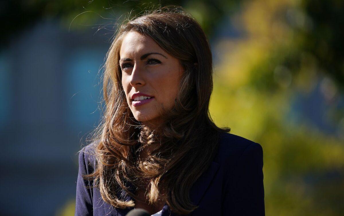 Alyssa Farah renuncia al cargo de directora de comunicaciones de la Casa Blanca