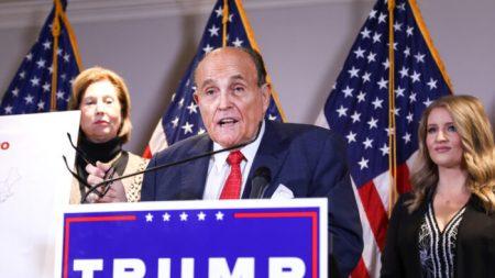 Giuliani no representa a Trump en casos pendientes, pero permanece como amigo: Asesor principal