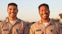 Dúo padre-hijo hace historia: se gradúan juntos en una academia de policía de Texas