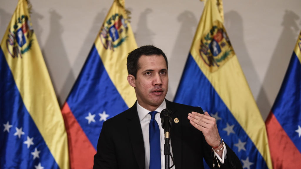 """Maduro quiere """"aniquilar la alternativa democrática en Venezuela"""" con elecciones: Guaidó"""