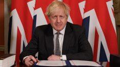 Boris Johnson firma el acuerdo posbrexit con la UE
