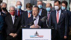 Copresidentes de grupo bipartidista piden a Trump que firme proyecto de ley de alivio por virus del PCCh