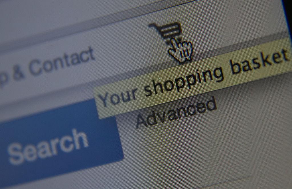 Cuidado con los hackers: organismo de seguridad alerta a compradores de regalos de Navidad por Internet
