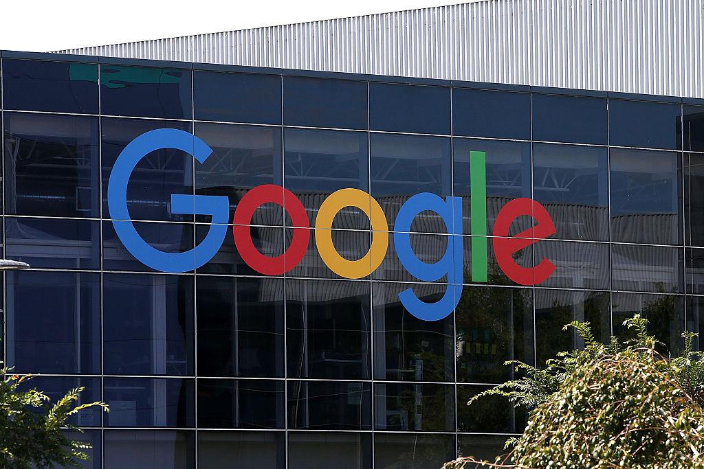 Italia multa a Google con más de USD 100 millones por abuso de posición dominante