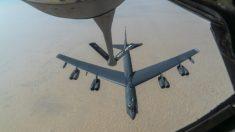 Bombarderos B-52 de EE.UU. sobrevuelan Medio Oriente: Comando Central