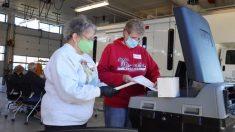 Subcontratista del USPS de Wisconsin alega que se antedataron decenas de miles de boletas por correo