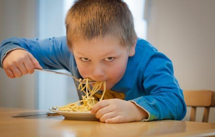 A la mayoría de los niños no les gustan las cebollas. Sin embargo, muchos las comen sin querer en sopas y guisos. (PxHere)