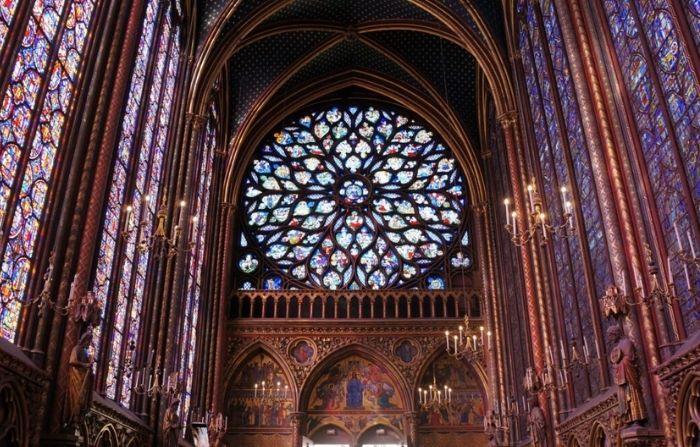 La impresionante arquitectura de Sainte-Chapelle, París