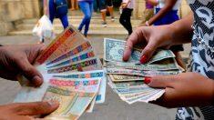 La doble moneda, una maraña financiera que lastró economía cubana por 26 años