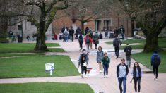 Beijing maneja grupos estudiantiles chinos para atacar la libertad de expresión en campus de EE.UU.