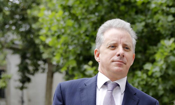 El exoficial de inteligencia del Reino Unido, Christopher Steele, en Londres, el 24 de julio de 2020. (Tolga Akmen/AFP vía Getty Images)