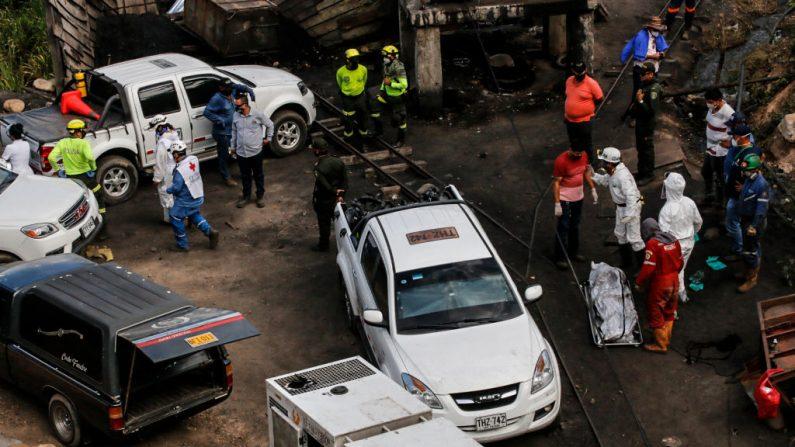 Al menos siete personas murieron y cuatro más resultaron heridas en un incendio ocurrido en un barrio de la ciudad colombiana de Cúcuta, capital del departamento de Norte de Santander, fronterizo con Venezuela, informaron el 9 de enero de 2021 fuentes oficiales. (Foto de archivo de Schneyder MENDOZA / AFP a través de Getty Images)