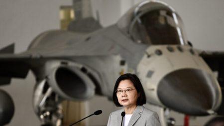 EE. UU. expresa su apoyo a Taiwán después de amenaza de Beijing de una guerra