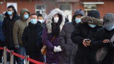 Residentes chinos en confinamiento por el virus se están quedando sin alimentos y suministros