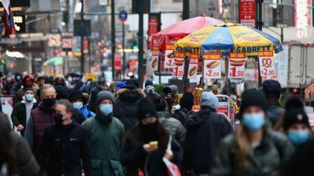 Nueva York administra el 83 % de vacunas y pide más suministro ante demanda