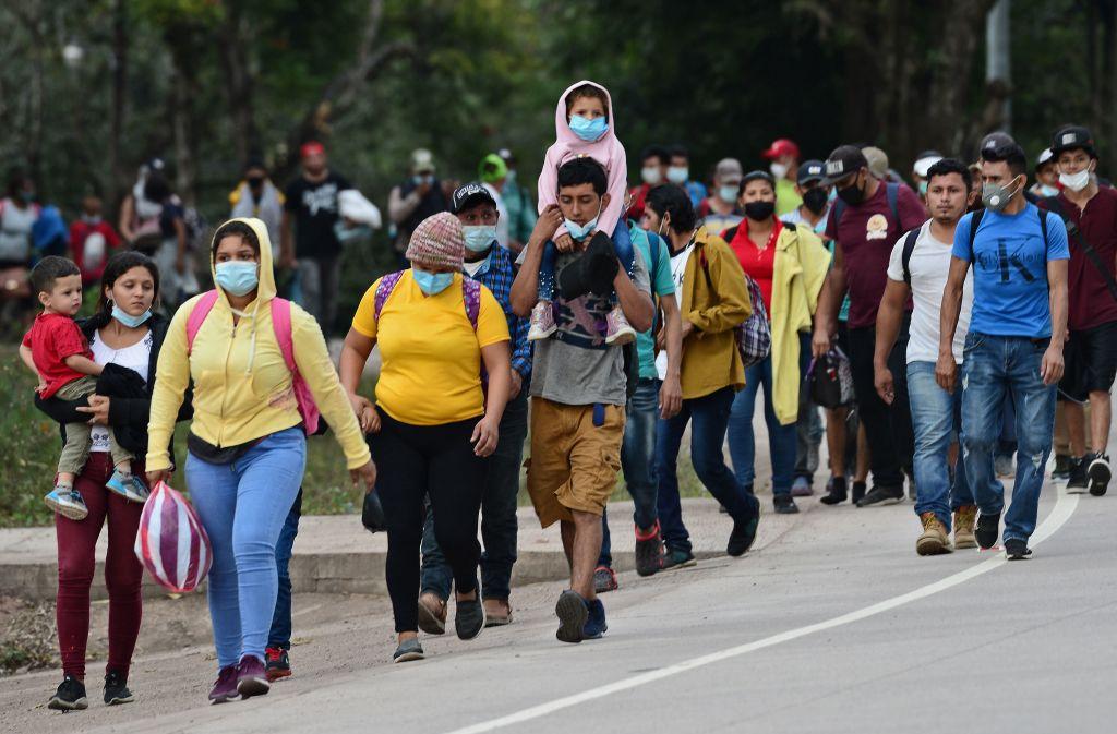 México vigila su frontera sur ante posible arribo de migrantes desde Honduras