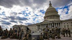 2000 soldados de la Guardia Nacional en D.C. juraron como Marshals de EE. UU. adjuntos especiales