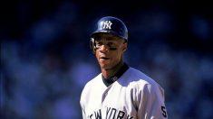 El famoso jugador de béisbol Darryl Strawberry supera sus luchas de la infancia a través de la fe
