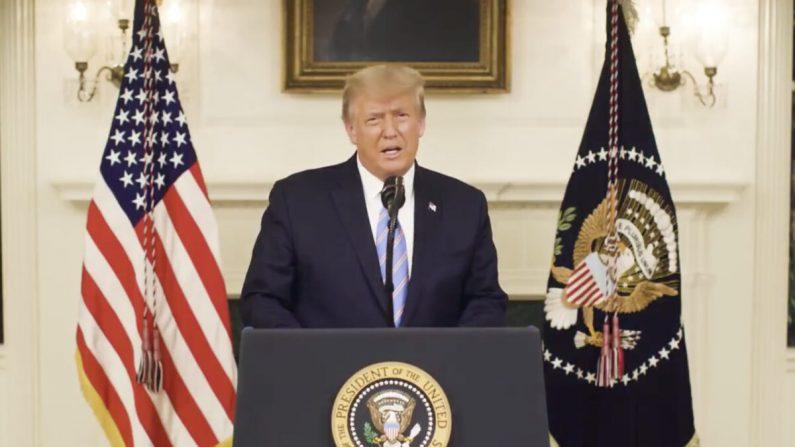 Una captura de pantalla de un video publicado por el presidente Donald Trump en su cuenta de Twitter el 7 de enero de 2020. (Captura de pantalla/Twitter)