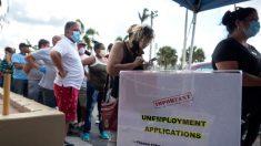 Bajan a 787,000 las solicitudes semanales de subsidio por desempleo en EE.UU.