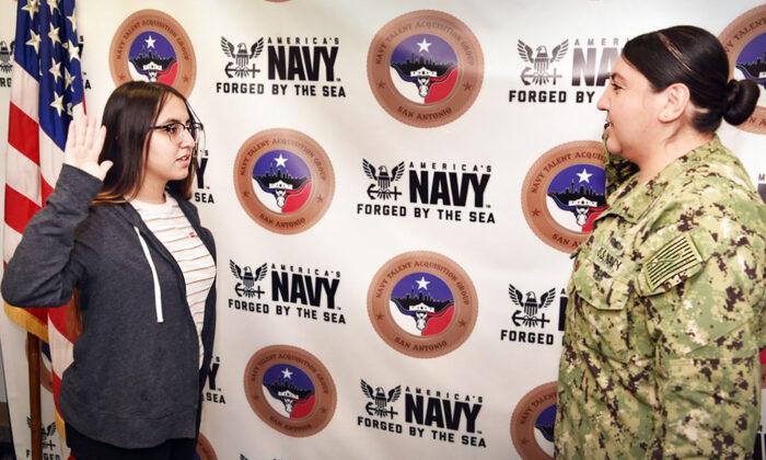 (Cortesía de Grupo de Adquisición de Talentos de la Marina de San Antonio)