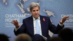"""John Kerry dijo que """"empleados del petróleo y el gas despedidos pueden trabajar en paneles solares"""""""