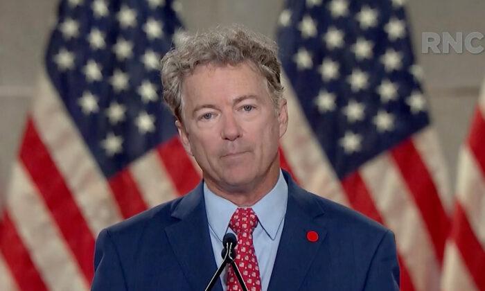 El senador Rand Paul (R-Ky.) habla en la Convención Nacional Republicana Virtual de 2020, el 25 de agosto de 2020. (Comité de Arreglos para la RNC 2020, vía Getty Images)