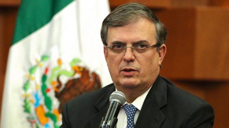 El canciller mexicano, Marcelo Ebrard, habla durante una conferencia de prensa en Ciudad de México (México). EFE/ José Pazos/Archivo