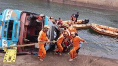 Al menos 45 muertos al caer un autobús a un canal de agua en la India