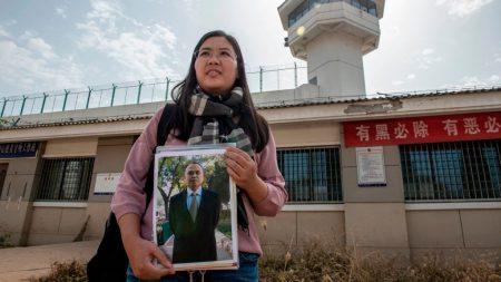 El abogado de DD.HH. chino Yu Wensheng, preso desde 2018, logra el premio Martin Ennals