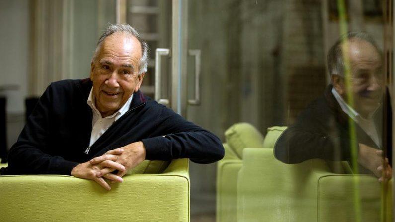 El poeta, arquitecto español y Premio Nacional de Poesía en 2008, Joan Margarit. EFE/ Enric Fontcuberta/Archivo