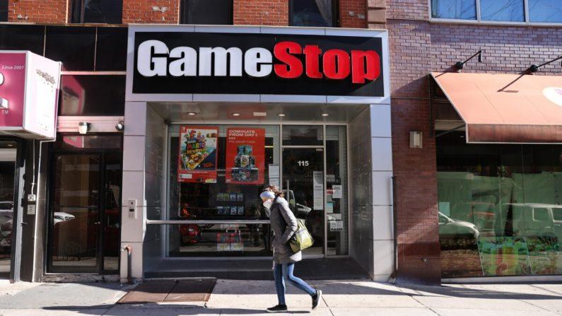 Una tienda GameStop en Brooklyn en la ciudad de Nueva York el 28 de enero de 2021. (Spencer Platt/Getty Images)