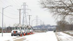 Cortes de energía por nevada en Texas crea pugna entre defensores de combustibles fósiles y energía limpia