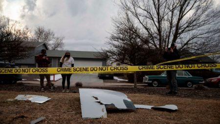 FAA emite advertencia a Boeing tras explosión de motor en pleno vuelo de United Airlines