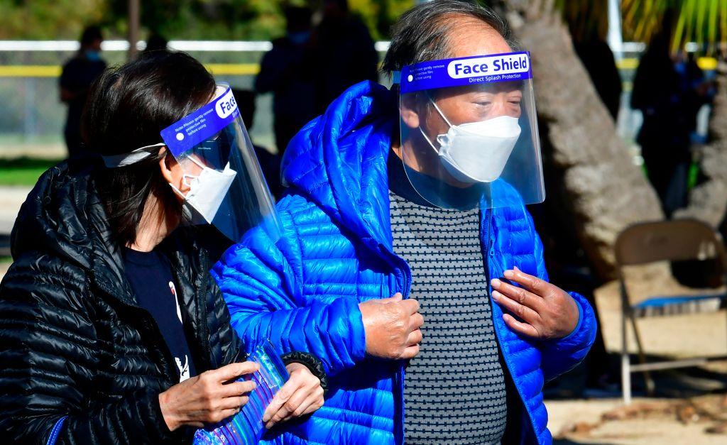 Los Ángeles pasa los 20,000 muertos de covid-19 con la amenaza de una nueva cepa