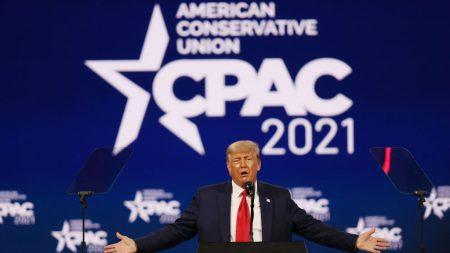 Trump piensa en su candidatura en discurso de CPAC: 'Puede que incluso decida ganarles por tercera vez'