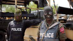 Hombres armados atacan una escuela en Nigeria y secuestran a 28 estudiantes