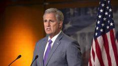 """""""Volvió el pantano"""", dice McCarthy sobre aprobación de ley de ayuda por USD 1.9 billones"""